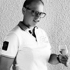 Responsable qualité hse et bts viti-oeno en poche, jessica chatelier a créé son entreprise de prestation de travaux viticoles